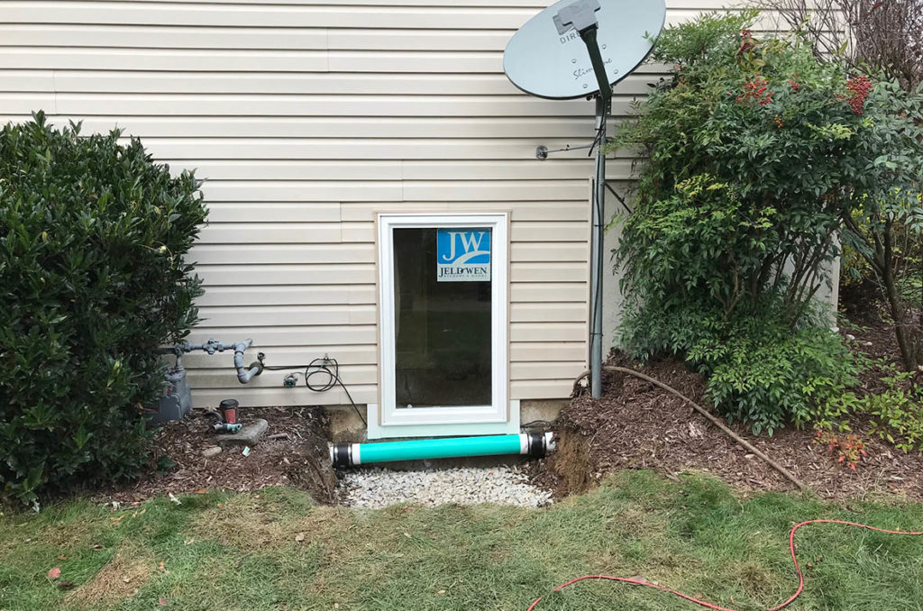 After installation of the JeldWen, egress compliant, 30″ x 48″ casement window, then replaced the vinyl siding in LIMESTONE DRIVE, READING